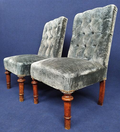 Coppia di seggiole in legno e tessuto - XIX secolo