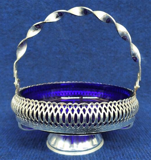 Cestino in metallo argentato e vetro blu cobalto - 2° metà XX sec.