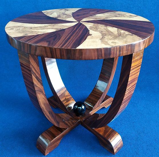 Tavolino tondo stile Art Deco in radiche con motivo a girandola