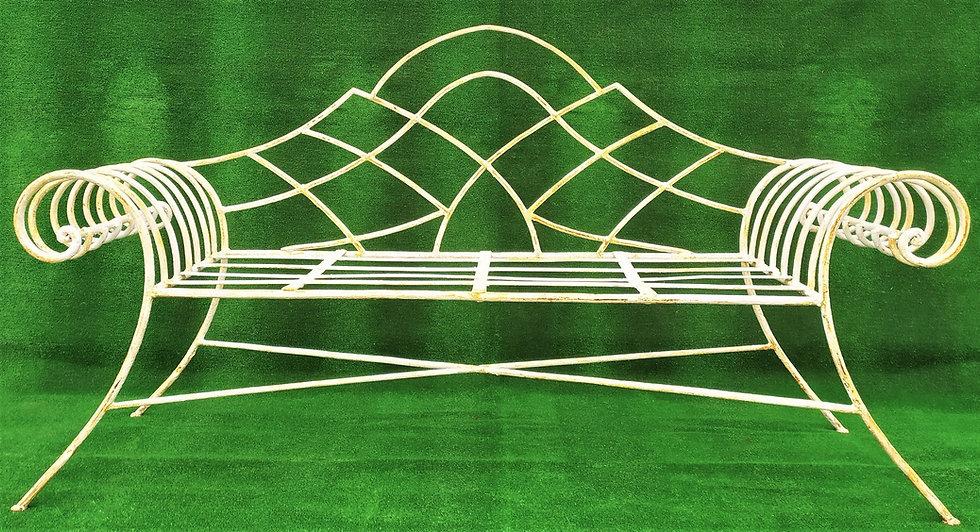 Divano in ferro battuto stile Art Deco con volute laterali