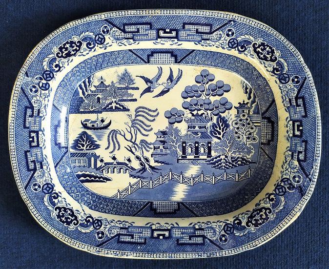 Vassoio in ceramica bianca e blu - cm 37 - Cina XX sec.