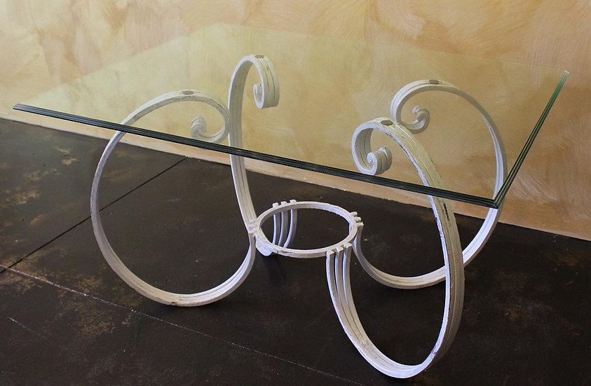 Tavolino design in ferro battuto - top in vetro