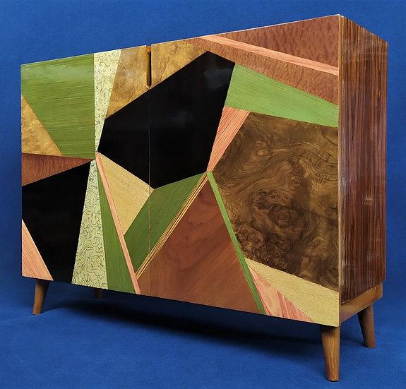Credenza Design 2 ante in legno e radiche differenti