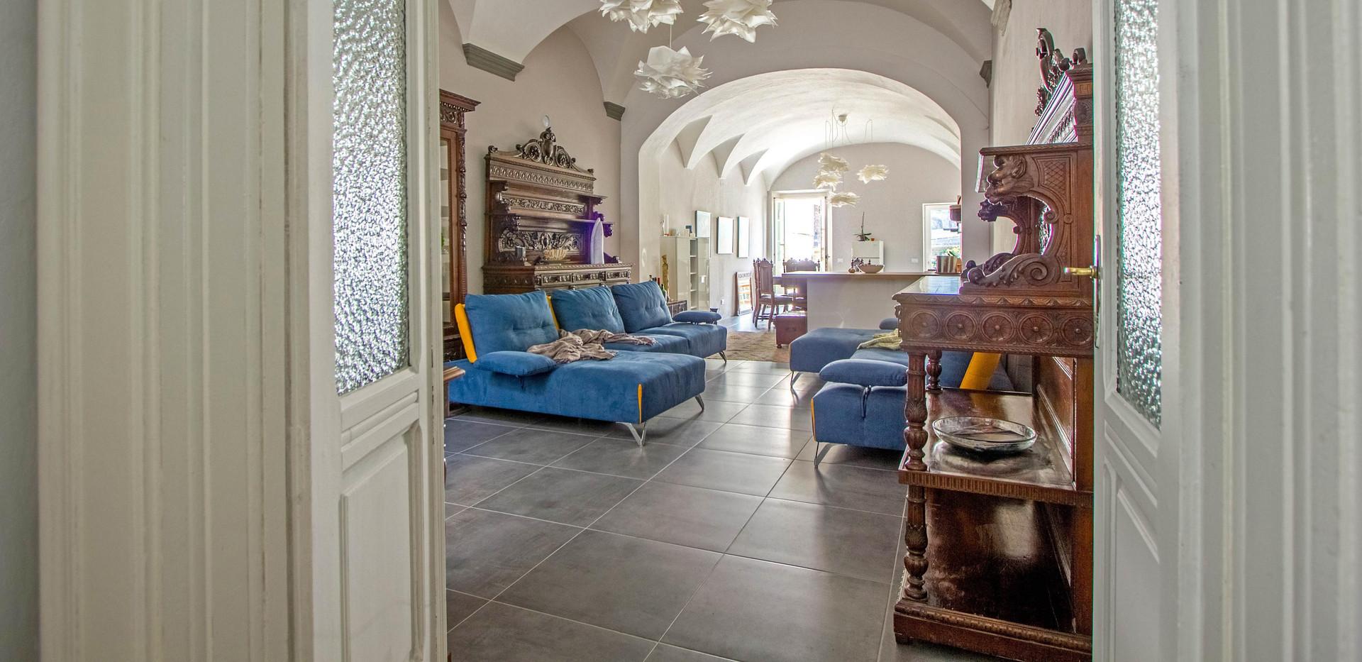 Lo scultore - Pontremoli - Living Room2.