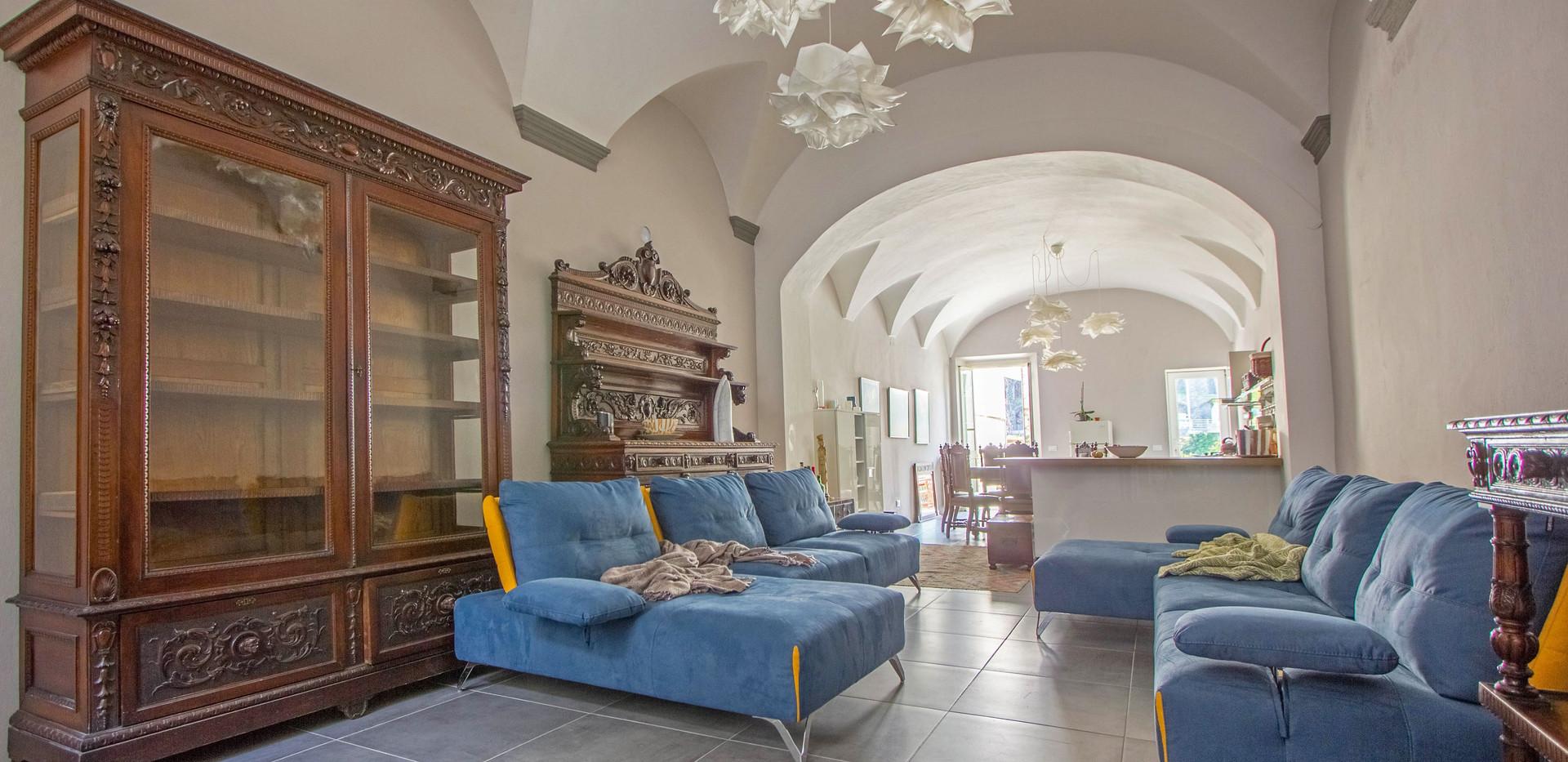 Lo scultore - Pontremoli - Living Room1.