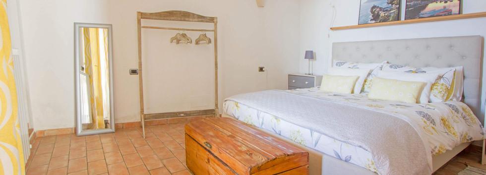 Master bedroom5.jpg