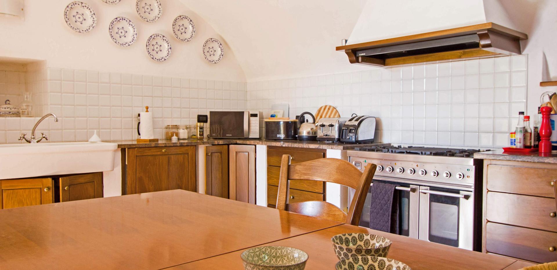 Kitchen House 2 4.jpg