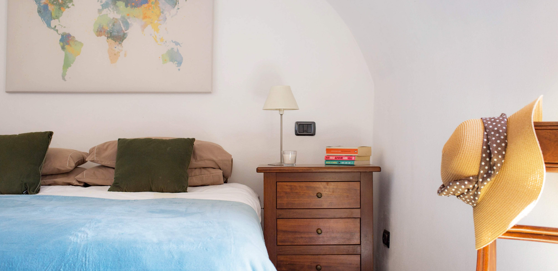 Bedroom 2 Home 14.jpg