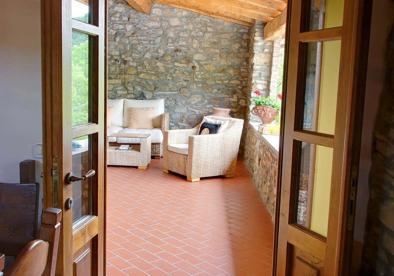 Door to covered balcony.jpg
