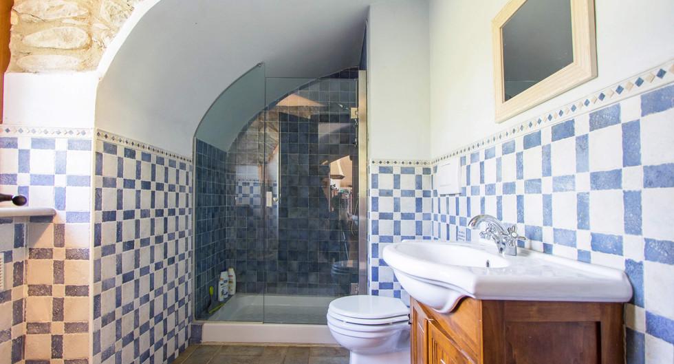 Bathroom Home1.jpg