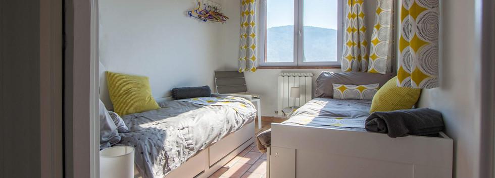 Double bedroom2.jpg