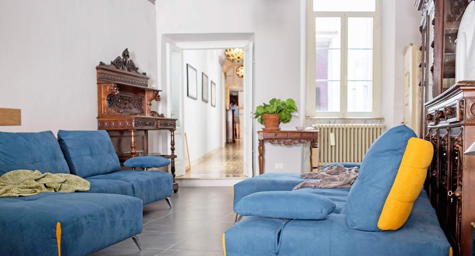 Lo scultore - Pontremoli - Living Room7.