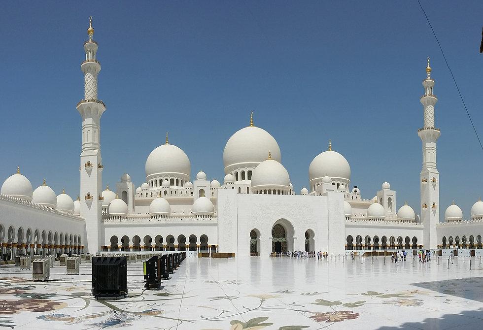 abu-dhabi-600875_1280.jpg