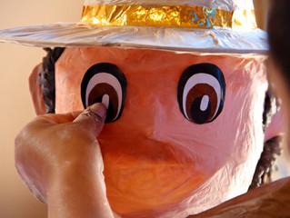 1era colaboración con artesanos de la piñata // 1st collaboration with piñata artisans