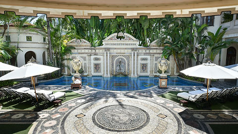 170807165722-inside-the-versace-mansion-
