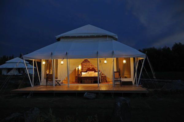 The-Ultimate-Travelling-Camp-Ladakh-white-tent-exterior