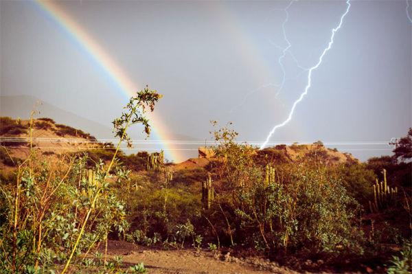 lightning-rainbow-perfect-timing