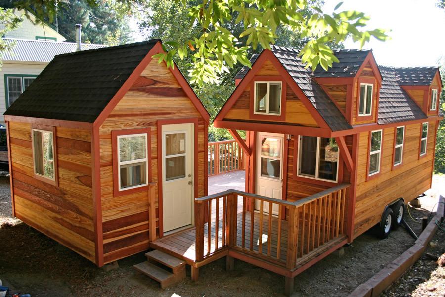 tiny-house-with-studio-1