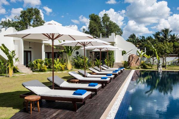 66487-navutu-dreams-resort-andspa-siem-reap-cambodia-fresh-water-pool
