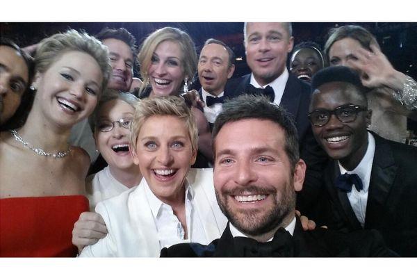 Ellen-Degeneres-selfie-Vogue-3March14-Twitter_b_1440x960