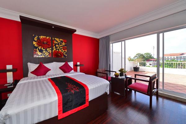 Rooftop-Room-With-Terrace-Memoire-DAngkor-Boutique-Hotel-Siem-Reap-3