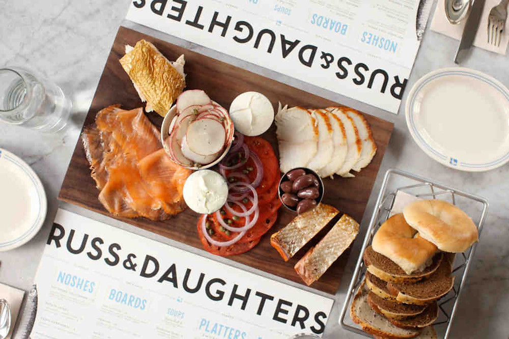best-design-guides-top-brunch-restaurants-in-New-york-russ-and-daughters-cafe