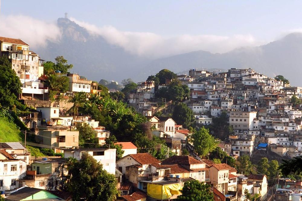 1_rio_de_janeiro_slum_2010