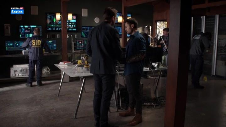 Powers-2015-Season-2-Episode-6-8-3c0d.jp