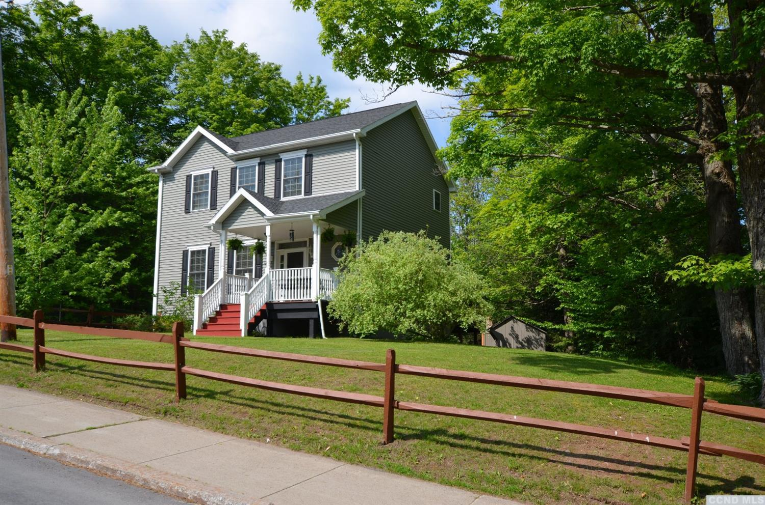 $220,000 - 10 Church St, Tannersville, N