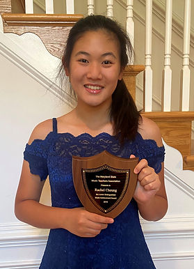 Rachel Cheung and Her Award a.jpg