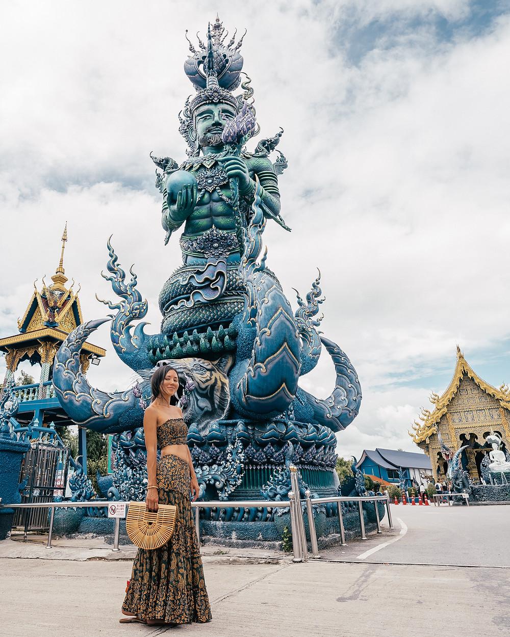 Wat Rong Seur Ten (Blue Temple), Chiang Rai, Thailand
