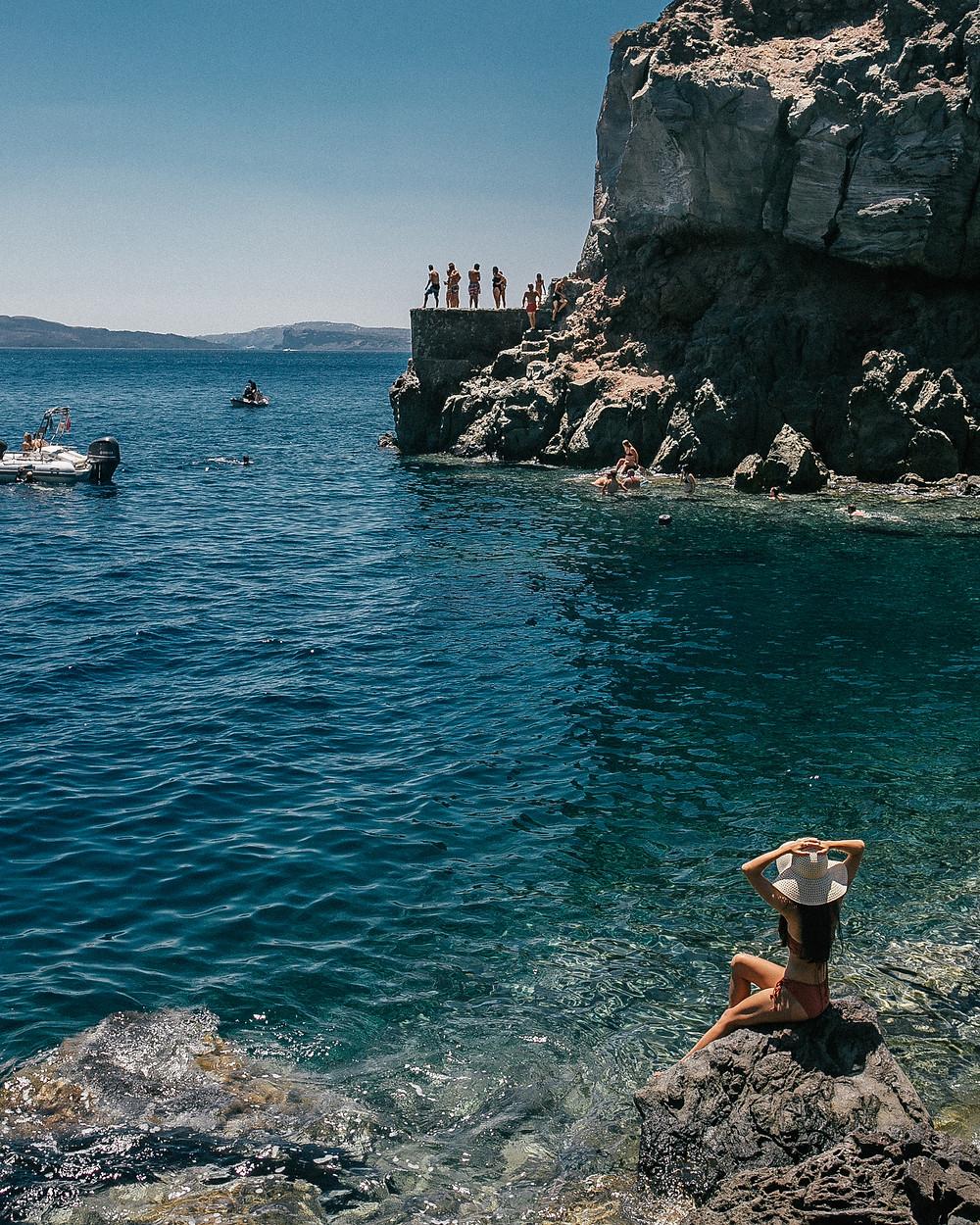 Amoudi Bay Cliff Jumpers, Santorini, Greece