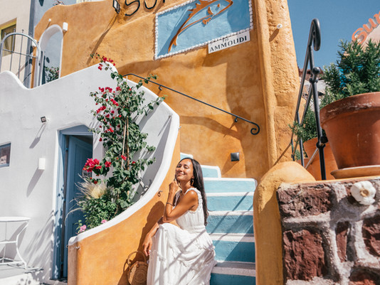 SANTORINI: THE ULTIMATE TRAVEL GUIDE TO GREECE'S MOST ICONIC ISLAND