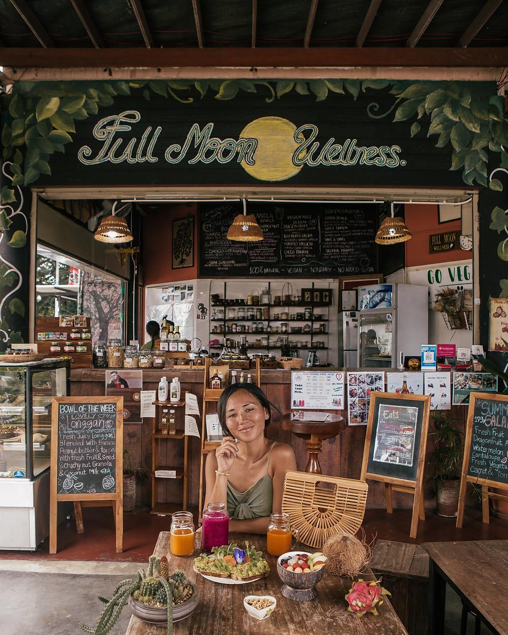 Full Moon Wellness Cafe, Vegan, Chiang Rai, Thailand