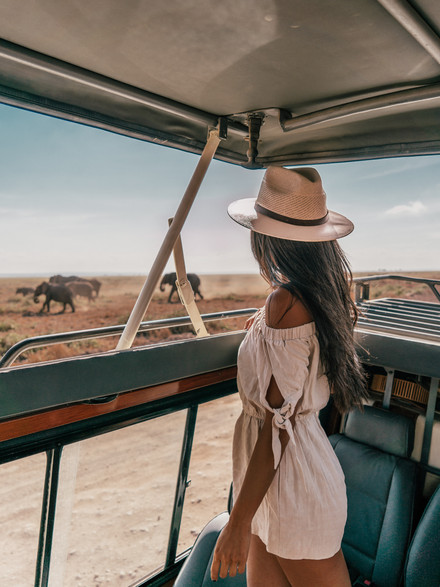SAFARI LIFE: ONE WEEK IN KENYA & TANZIA