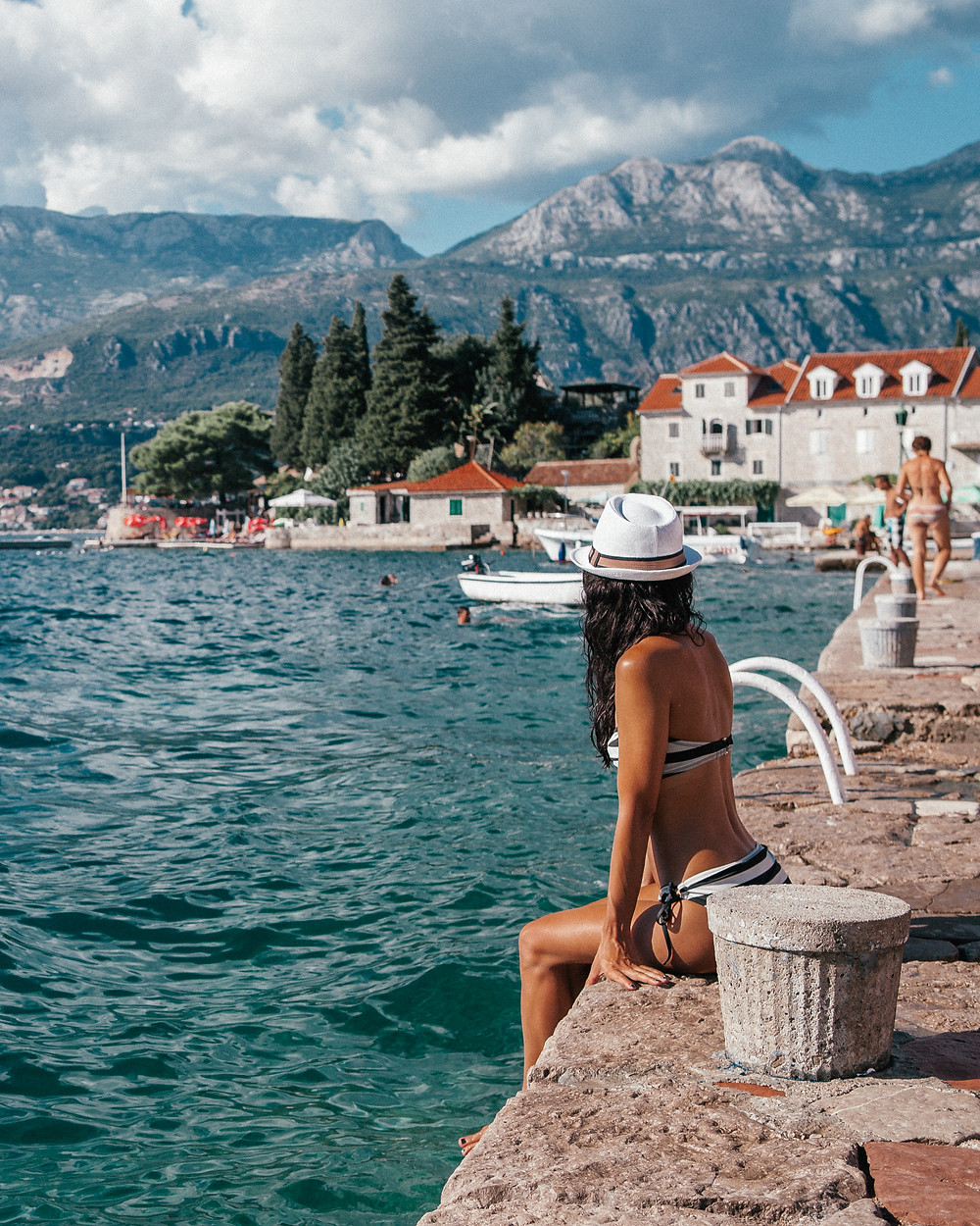 Rose, Montenegro