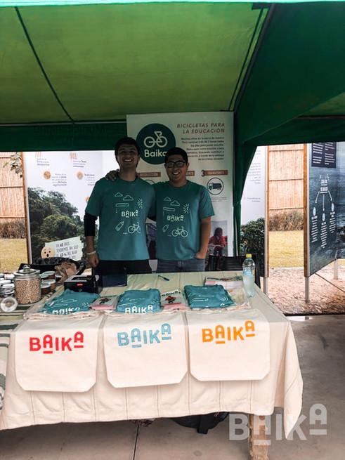 Bicicleteada organizada por la ong laqay y la municipalidad para fomentar el uso de la bicicleta: por un perúsostenible