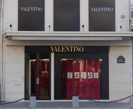 Valentino Insights: a nova experiência de realidade virtual da marca