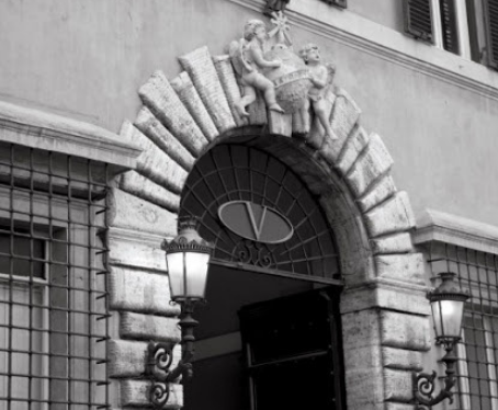 História das Marcas: Valentino