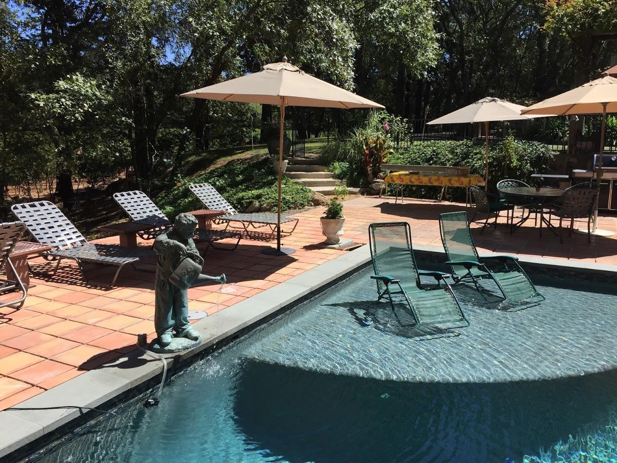 Alta Loma Residence