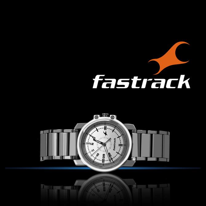 watch with logo fastrack-min.jpg