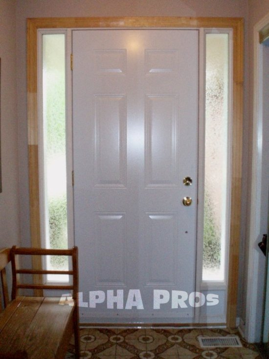 Single door with the two sidelights