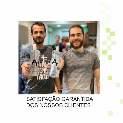 BRINDES - GARRAFA DOBRAVEL COM MOSQUETÃO PARA ARTHUR TENÓRIO PERSONAL TRAINER