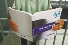 """""""Prisões estimulam ciclo de violência ininterrupto"""", afirma Veredas em debate sobre Políticas Penais"""