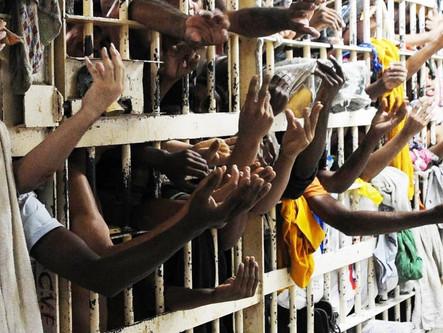 Instituto Veredas lança síntese de evidências com alternativas às prisões provisórias no DF
