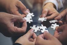 Reunião internacional: Veredas defende criação de redes de entidades que atuam com Evidências
