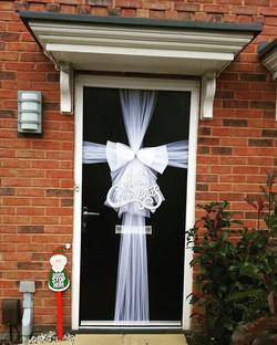 Elegant white & silver ❄💎❄_#doorbowsliverpool #doorbow #doorbows #whitedoorbow #whiteChristmas #liv