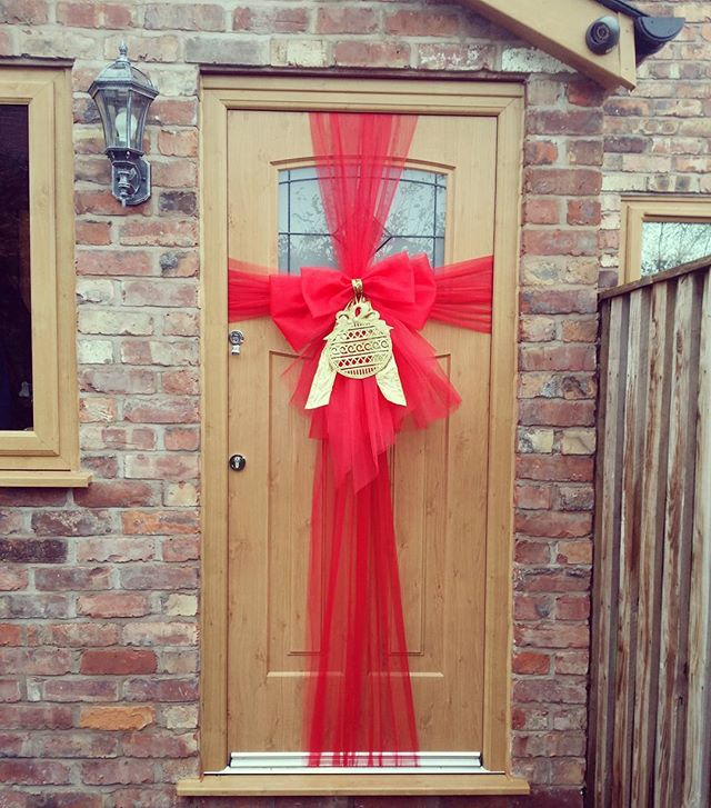 Red and gold ❤⭐❤⭐❤_#doorbowsliverpool #doorbow #doorbows #reddoorbow #redChristmas #liverpoolchristm