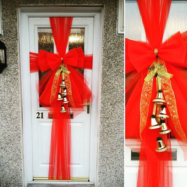 Jingling all the way 🔔🔔🔔_#doorbowsliverpool #doorbow #doorbows #reddoorbow #redChristmas #liverpo