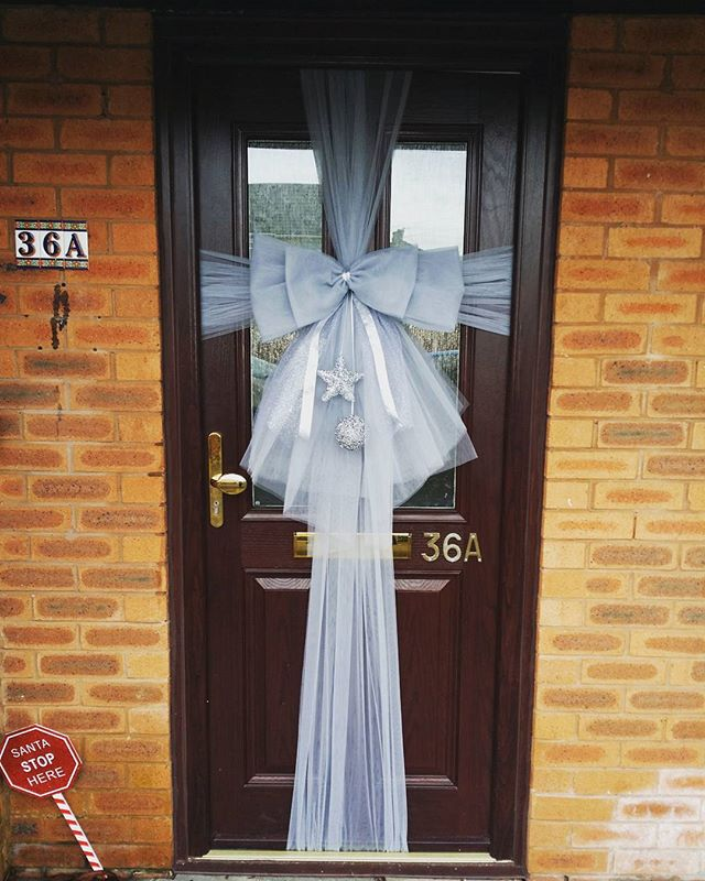 Silver grey double bow ❄ £25 including embellishments and installation ❄_#doorbowsliverpool #doorbow